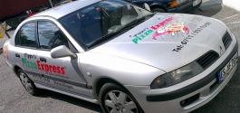 Autowerbung für PizzaExpress aus Esslingen