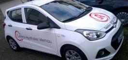 Fahrzeugeschrfitung im Folienschnitt für Apotheke aus Wernau