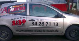 Fahrzeugbeschriftung im Folienplott für Aroma Pizzaservice in Stuttgart