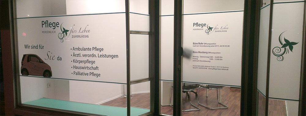 Fensterbeschriftung für Pflegedienst fürs Leben in Stuttgart