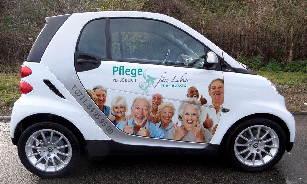 Fahrzeugfolierung im Digitaldruck für Pflegedienst in Stuttgart