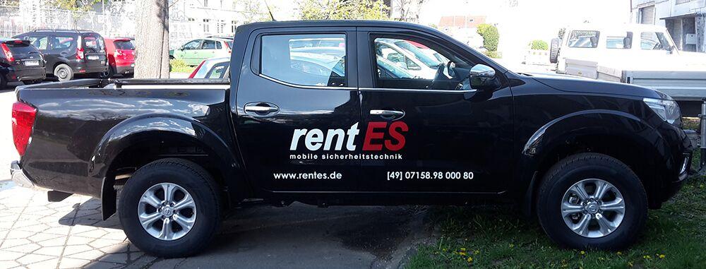 Schlichte KFZ-Beschriftung für die Firma rentES aus Esslingen